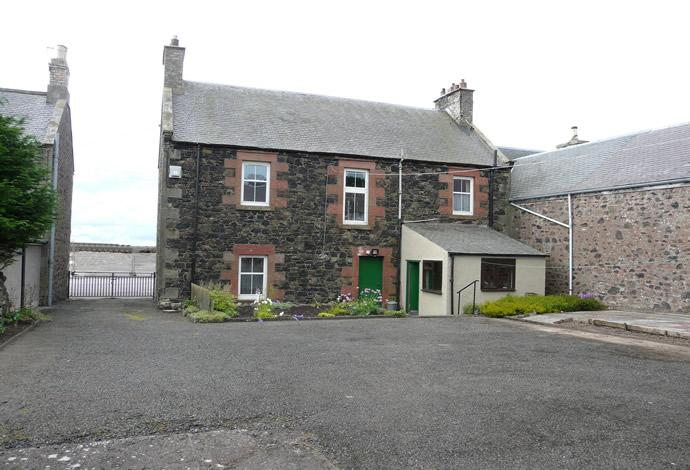 5 Bedrooms Terraced House for sale in Bank House Main Street, Gordon, TD3 6JW