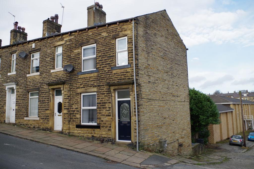 3 Bedrooms Terraced House for sale in Eldroth Road, Savile Park, Halifax HX1
