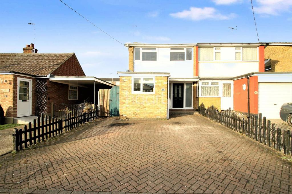 3 Bedrooms Semi Detached House for sale in Orchard Avenue, Hockley