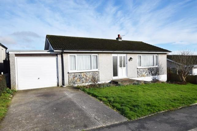 3 Bedrooms Bungalow for sale in Wybourn Drive, Onchan, IM3 4AA