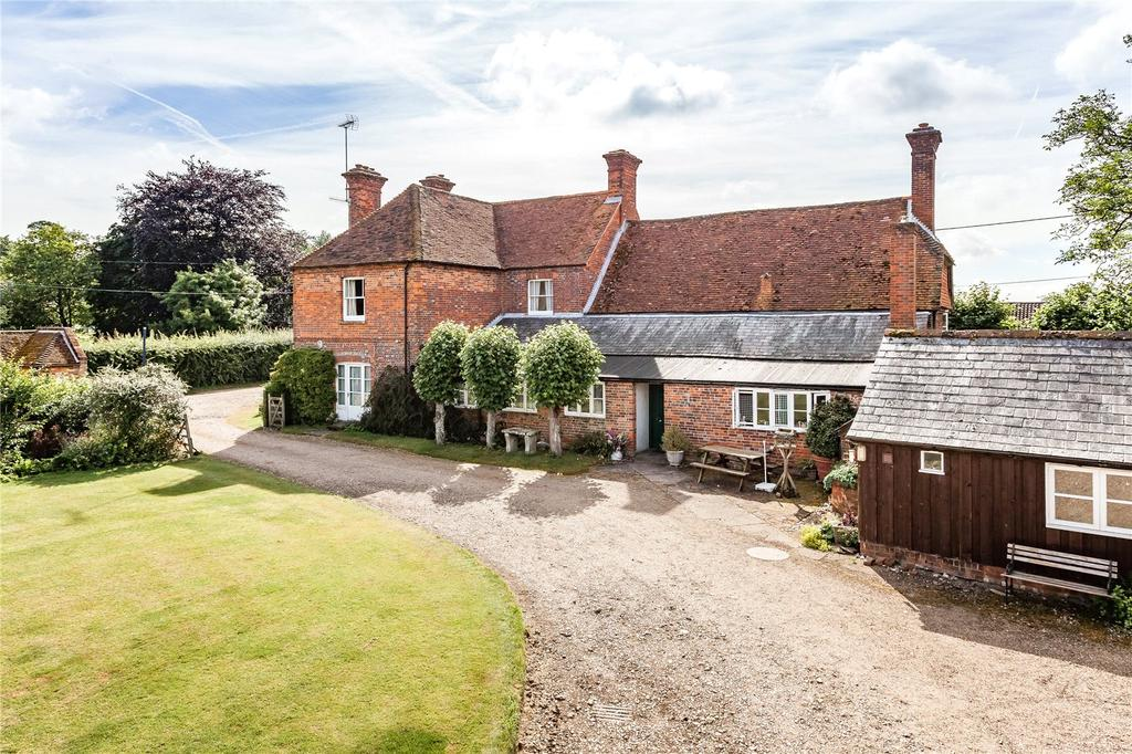 5 Bedrooms Detached House for sale in Stoke, Andover, Hampshire, SP11