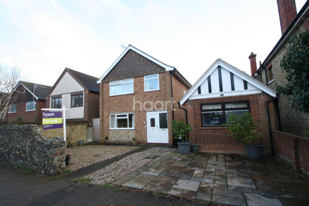 3 Bedrooms Detached House for sale in Pierremont Avenue, Broadstairs , CT10