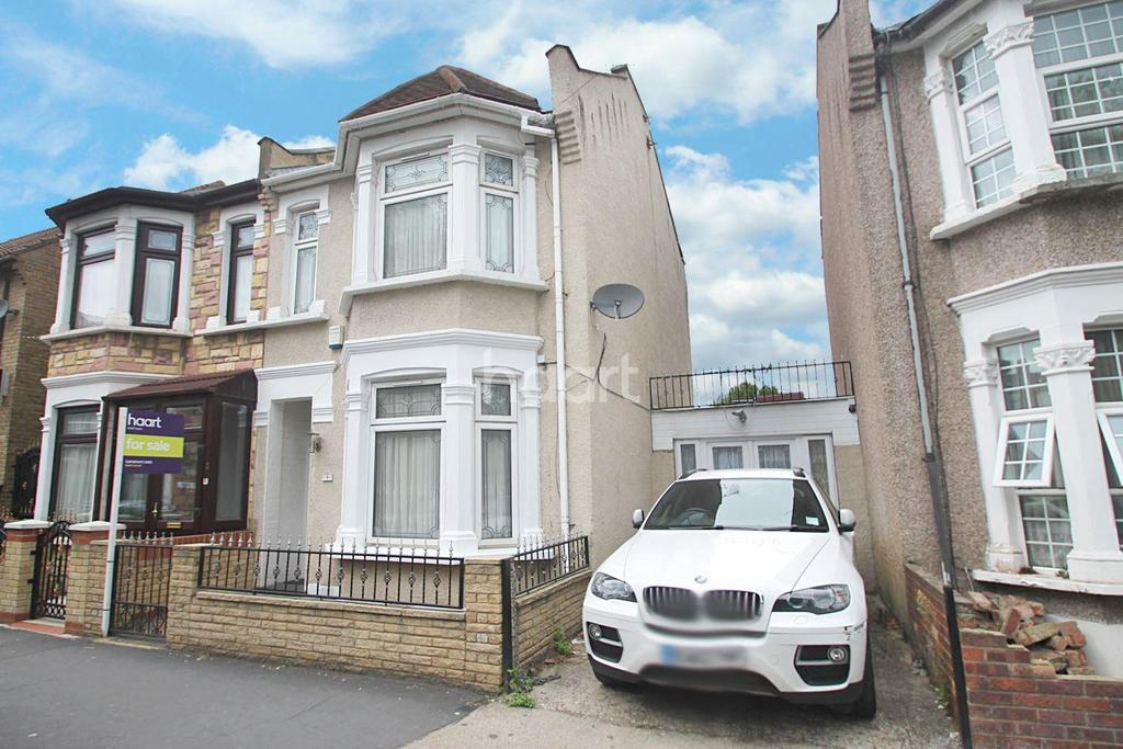 3 Bedrooms End Of Terrace House for sale in Caledon Road