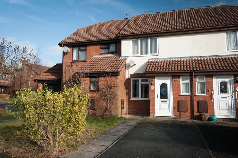 2 Bedrooms Terraced House for sale in Markland Way, Uckfield