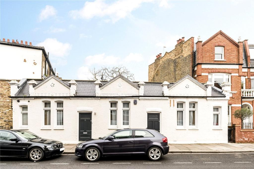 2 Bedrooms House for sale in Perrymead Street, Fulham, London, SW6