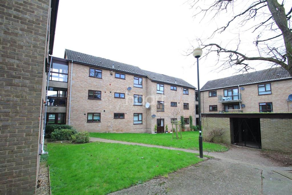 2 Bedrooms Flat for sale in Golding Place