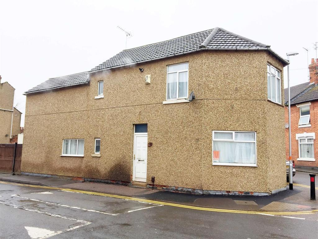 3 Bedrooms Detached House for sale in Bath Road