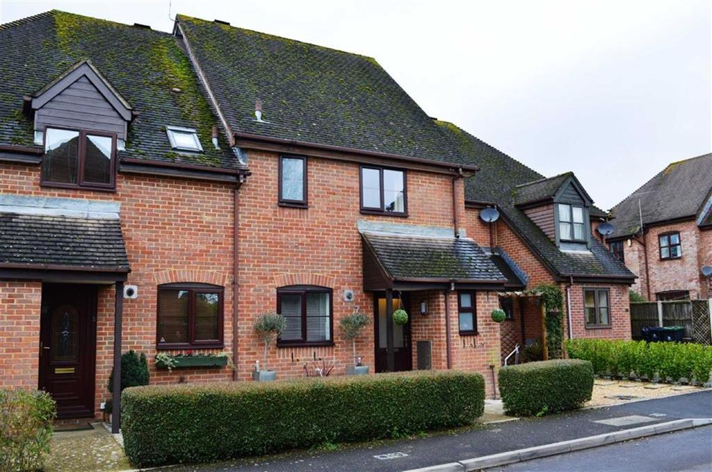 3 Bedrooms Terraced House for sale in Old Manor Close, Wimborne, Dorset
