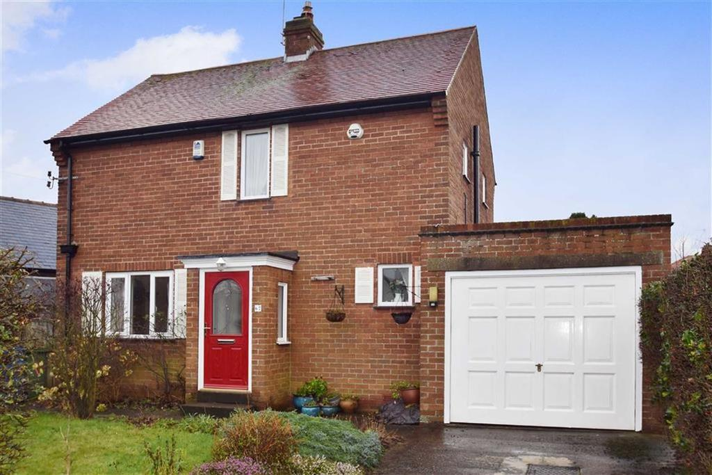 2 Bedrooms Detached House for sale in Burniston Road, Scarborough, North Yorkshire, YO12