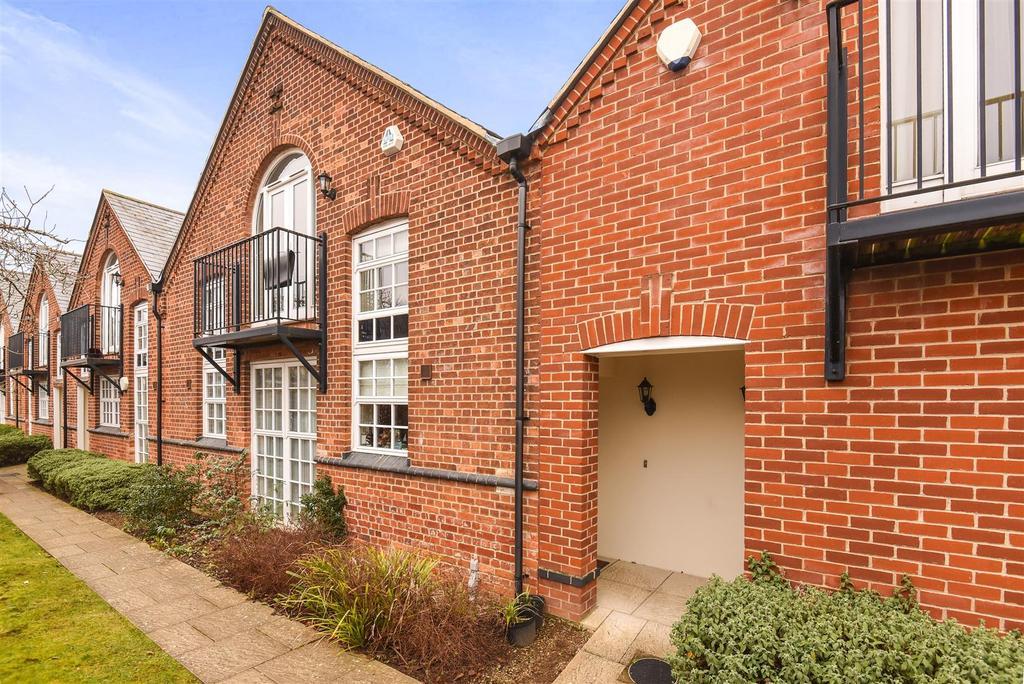 2 Bedrooms Duplex Flat for sale in Margaret Road, Headington, Oxford