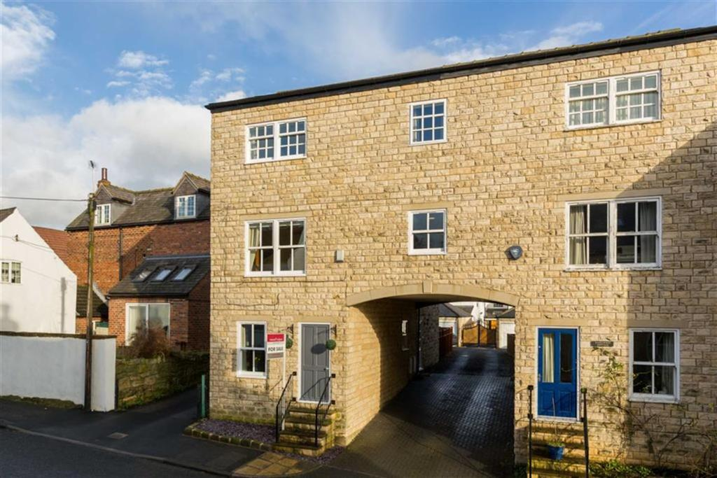 5 Bedrooms Semi Detached House for sale in Oliver Cottages, Leeds, LS25