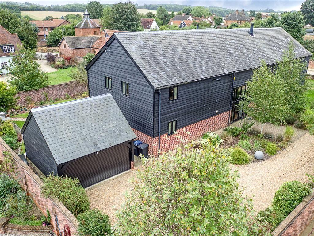 4 Bedrooms Semi Detached House for sale in Manor Farm Barns, Walkern, Hertfordshire, SG2