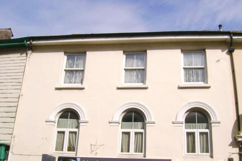 2 bedroom flat to rent - Fore Street, Callington, PL17