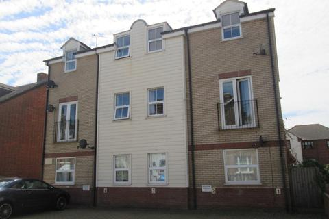 2 bedroom flat to rent - John Crouch Court, Harwich CO12