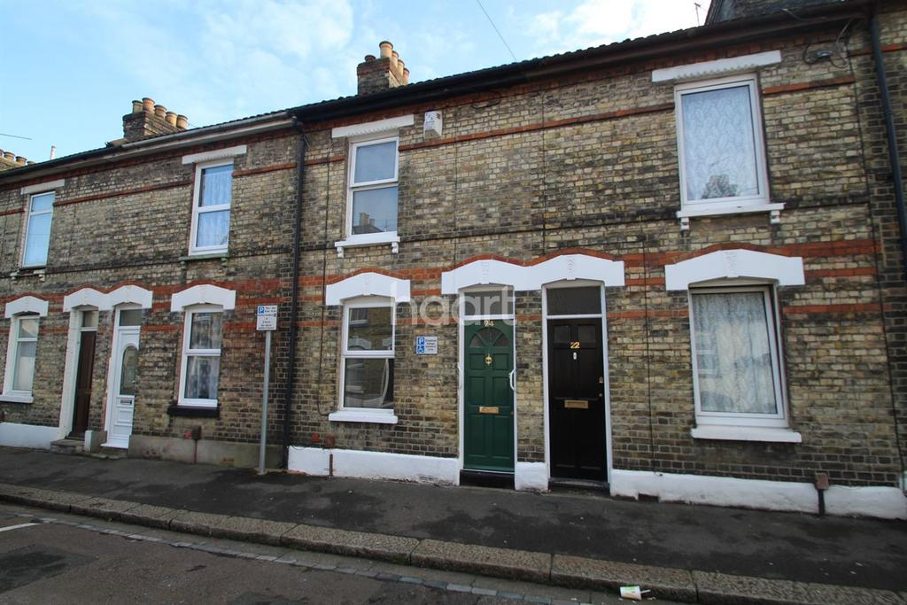 2 Bedrooms Terraced House for sale in Grange Road, Strood