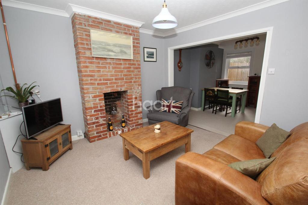 2 Bedrooms Terraced House for sale in Eastgate Street, Bury St Edmunds