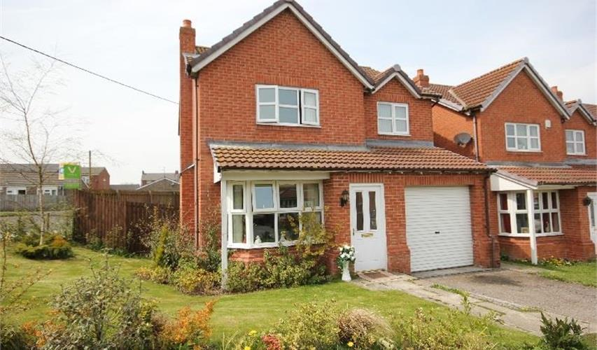 4 Bedrooms Detached House for sale in Highfields, Tow Law