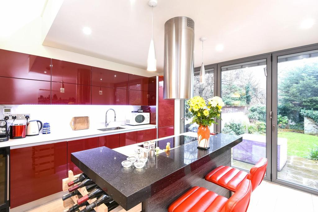 3 Bedrooms Flat for sale in Sherriff Road, West Hampstead, NW6
