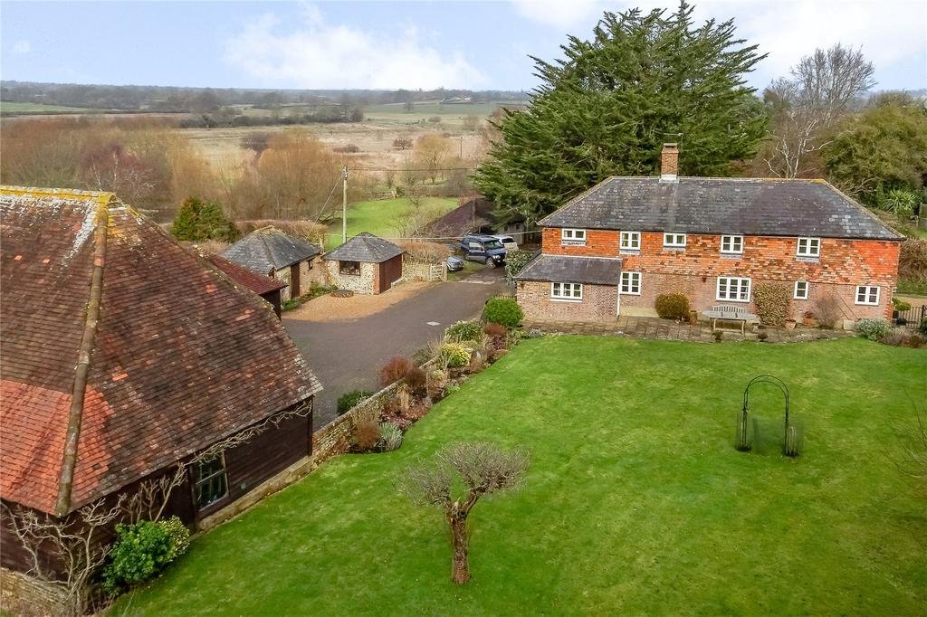 4 Bedrooms Detached House for sale in Stonepit Lane, Henfield, West Sussex