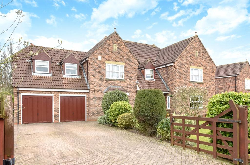 5 Bedrooms Detached House for sale in Lakeside, Acaster Malbis, York, North Yorkshire, YO23