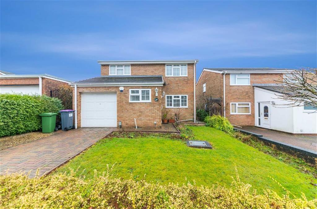 4 Bedrooms Detached House for sale in Glan Rhyd, Cwmbran, Torfaen