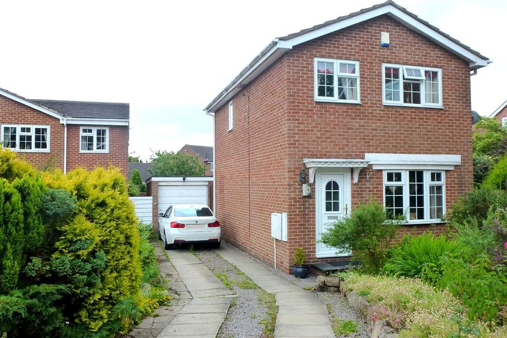 3 Bedrooms Detached House for sale in Canterbury Grove, Darlington, DL1
