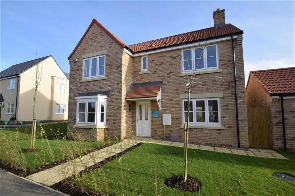 4 Bedrooms Detached House for sale in Ramsdale Walk, Scarborough, North Yorkshire, YO11