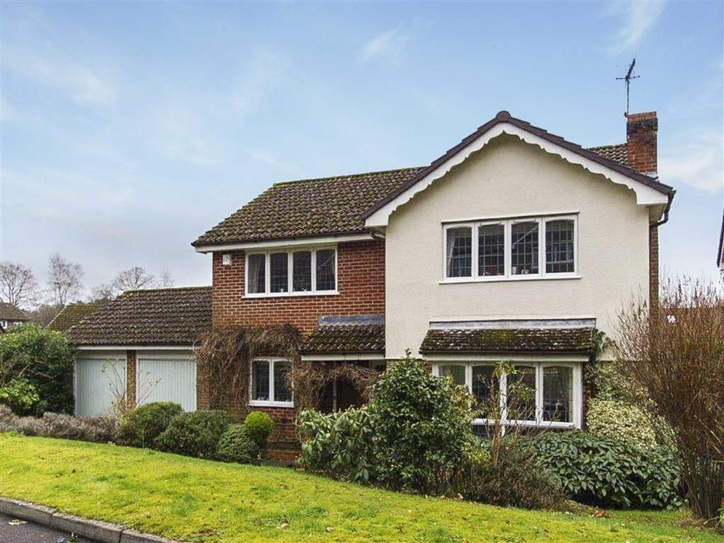 4 Bedrooms Detached House for sale in Deepdene, Haslemere, Surrey, GU27