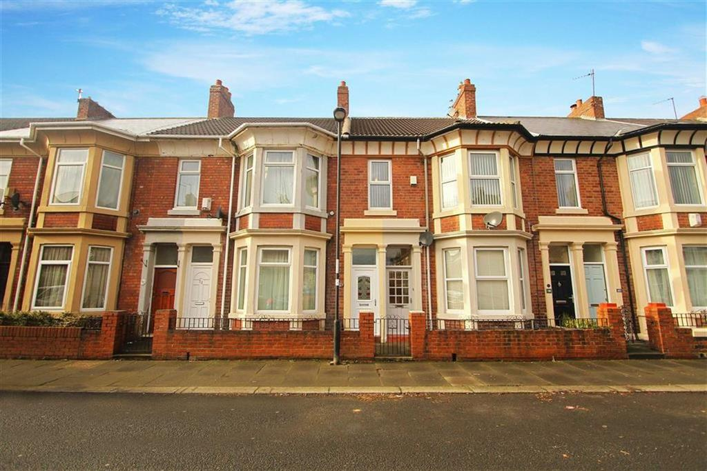 3 Bedrooms Flat for sale in Cleveland Avenue, North Shields, Tyne And Wear