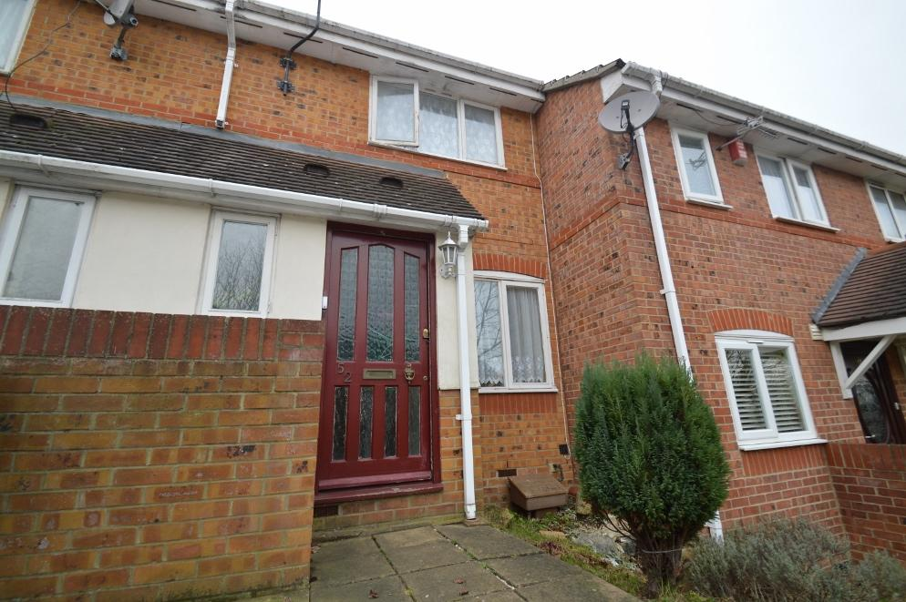 2 Bedrooms Terraced House for sale in Tynemouth Road, Plumstead, London SE18