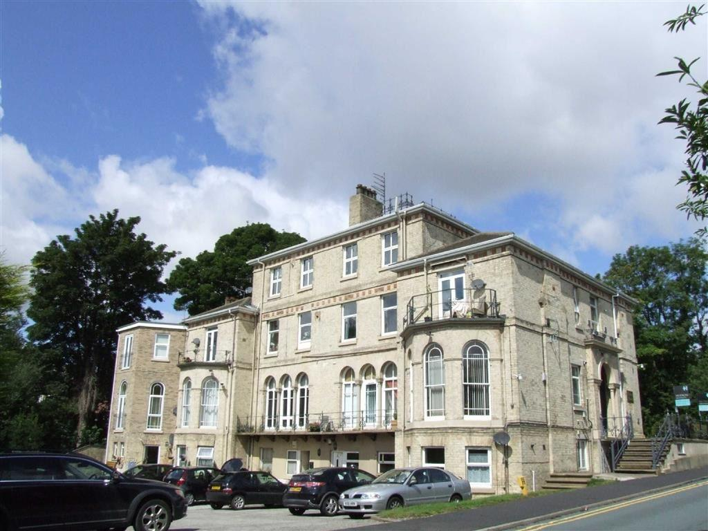 2 Bedrooms Flat for sale in Dykes House, Redcliff Road, Hessle, East Yorkshire, HU13