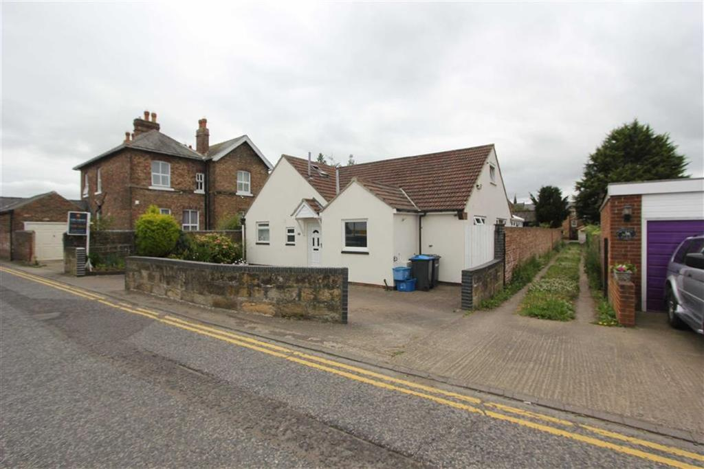 4 Bedrooms Detached House for sale in North Road, Stokesley