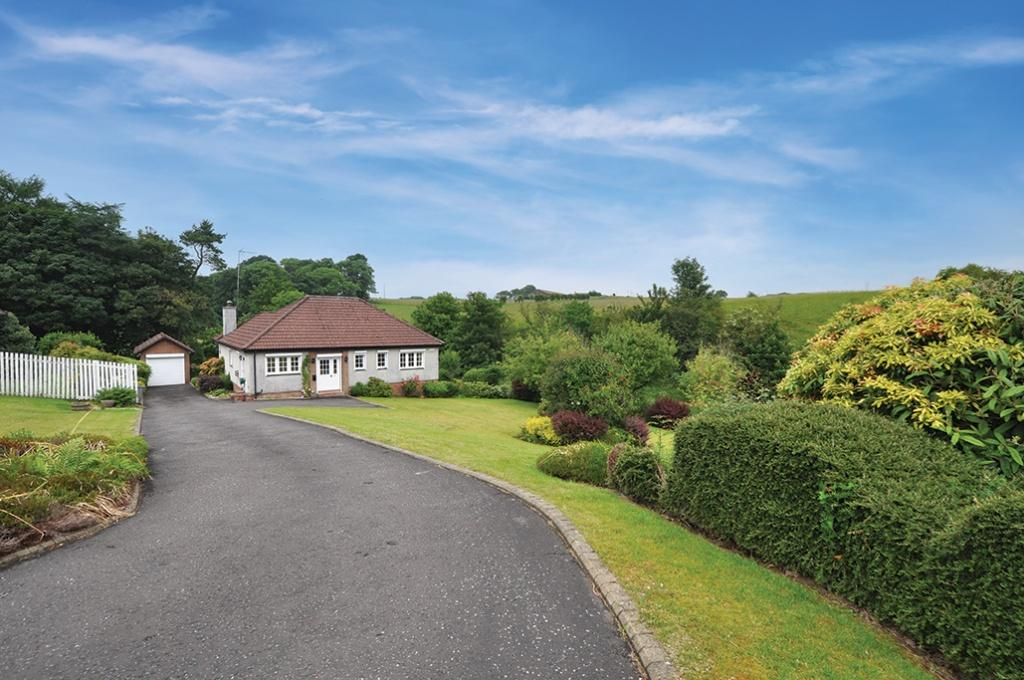 3 Bedrooms Detached House for sale in 11 Windhill Park, Waterfoot, G76 0HH