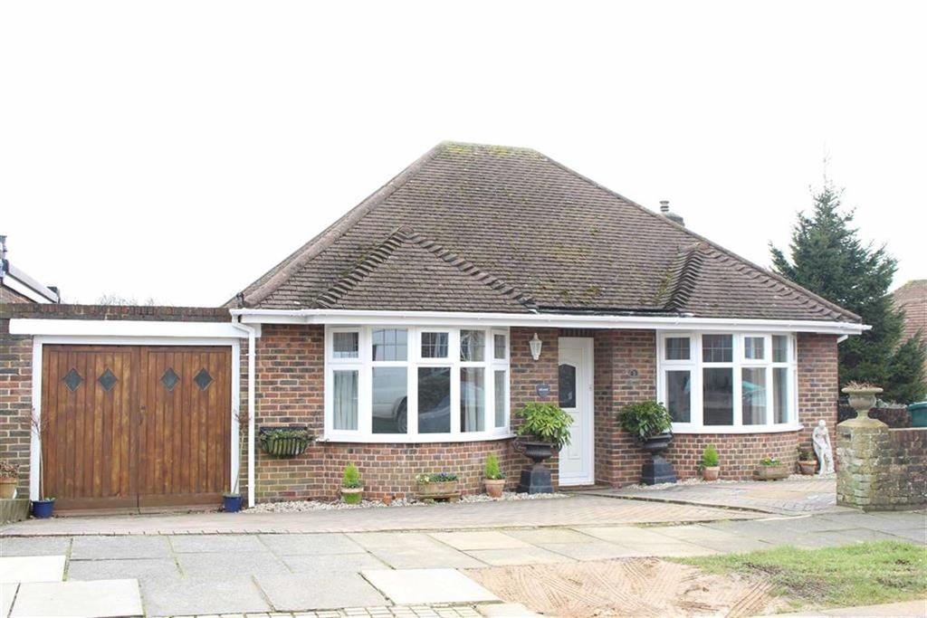 2 Bedrooms Detached Bungalow for sale in Windmill Close, Hove, East Sussex
