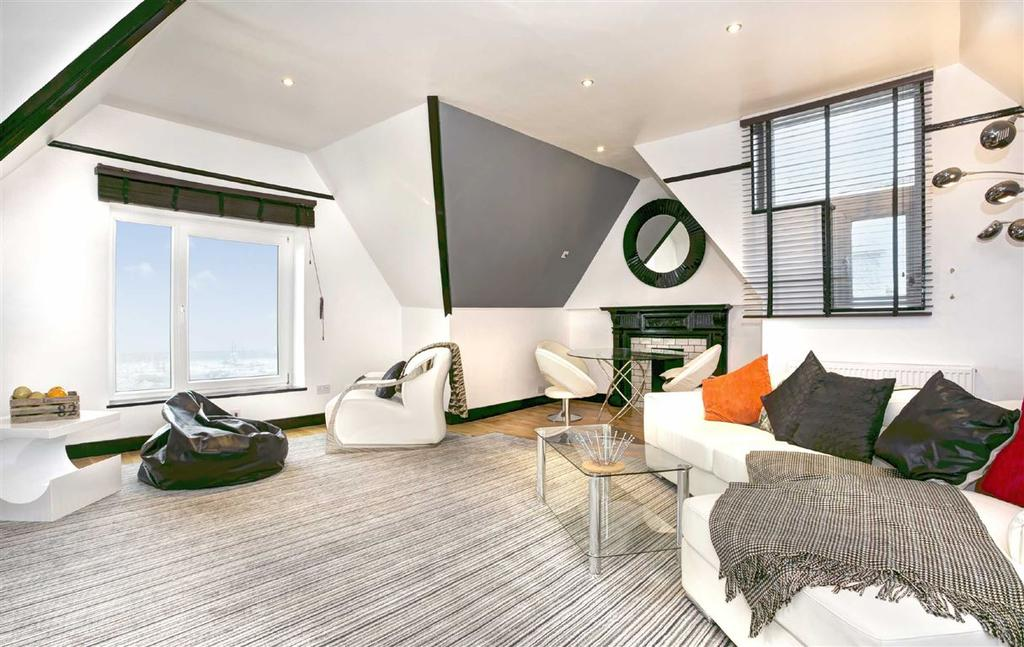 4 Bedrooms Flat for sale in The Cliff, Brighton