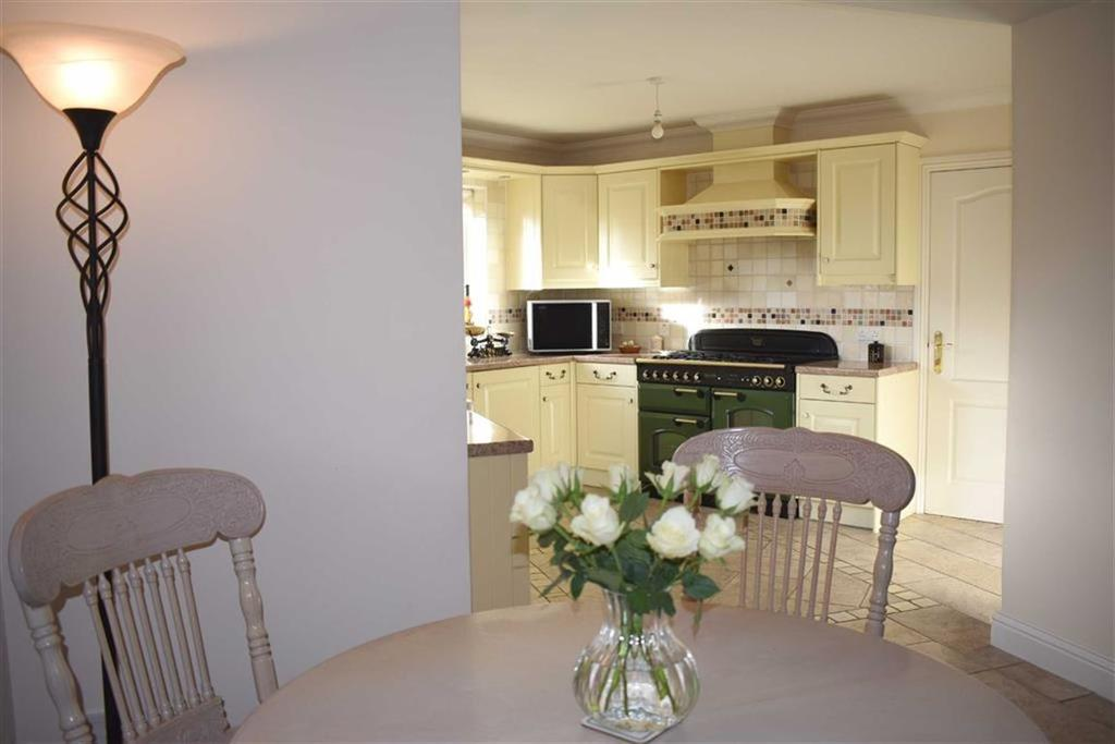 Bethany Lane West Cross Swansea 6 Bed Detached House 163