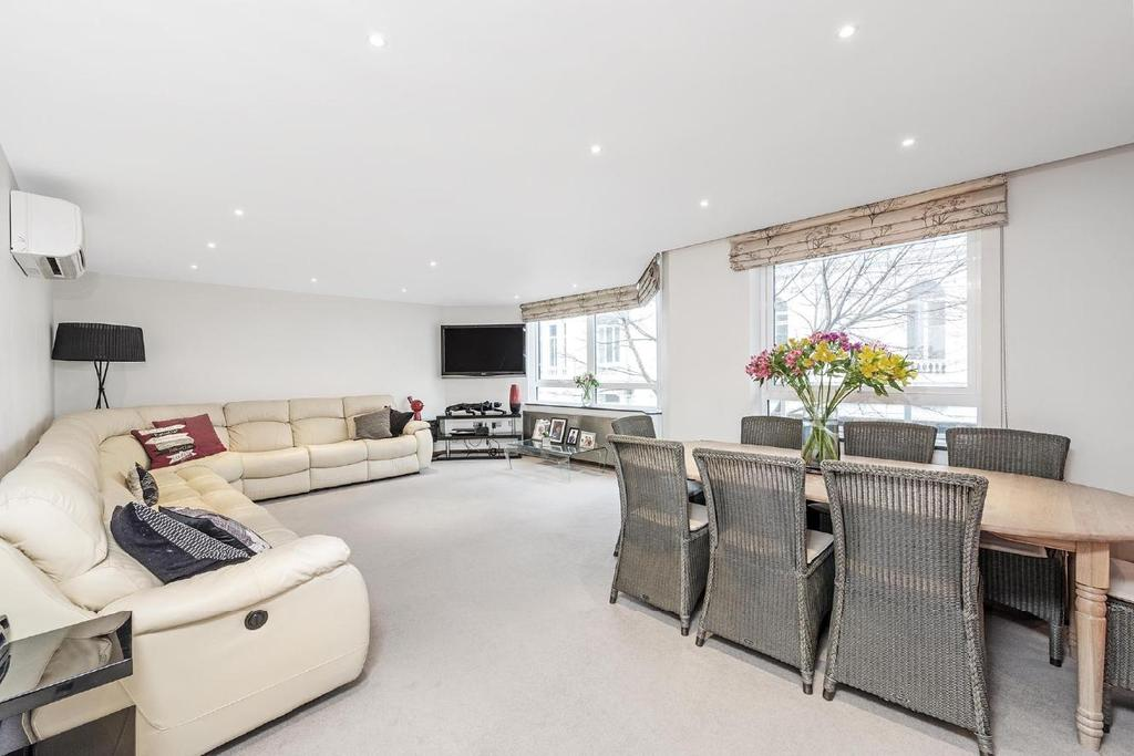 3 Bedrooms Flat for sale in Porchester Terrace, Bayswater, W2