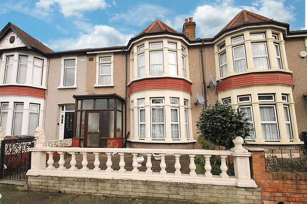 3 Bedrooms Terraced House for sale in Aldersey Gardens, Barking, Essex