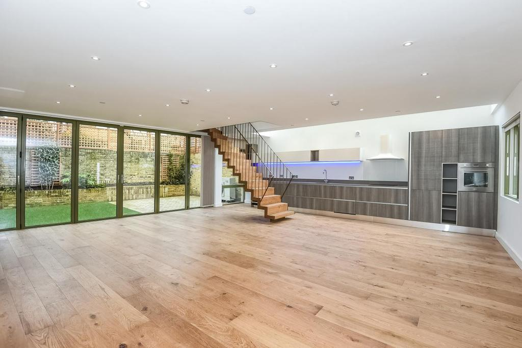 4 Bedrooms Terraced House for sale in Moray Mews, Stroud Green, N7