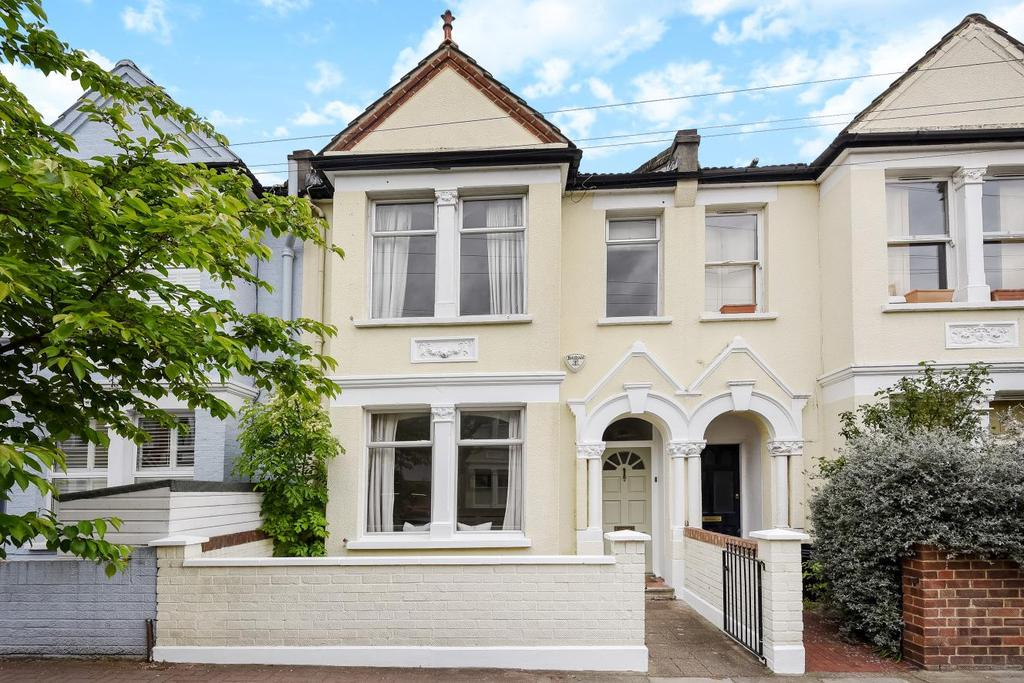 4 Bedrooms Terraced House for sale in Strathville Road, Earlsfield, SW18