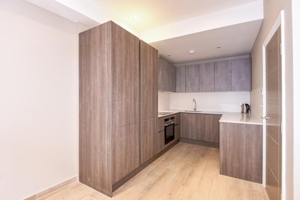 1 Bedroom Flat for sale in Galena Road, Hammersmith, W6