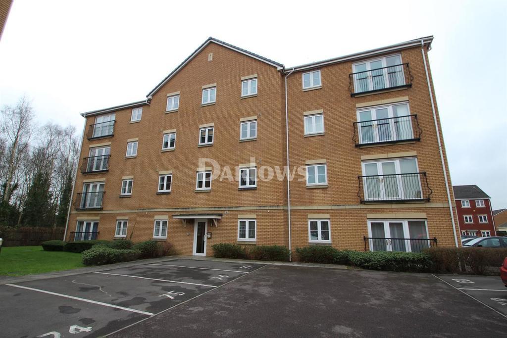 2 Bedrooms Flat for sale in Wyncliffe Gardens, Pontprennau, Cardiff