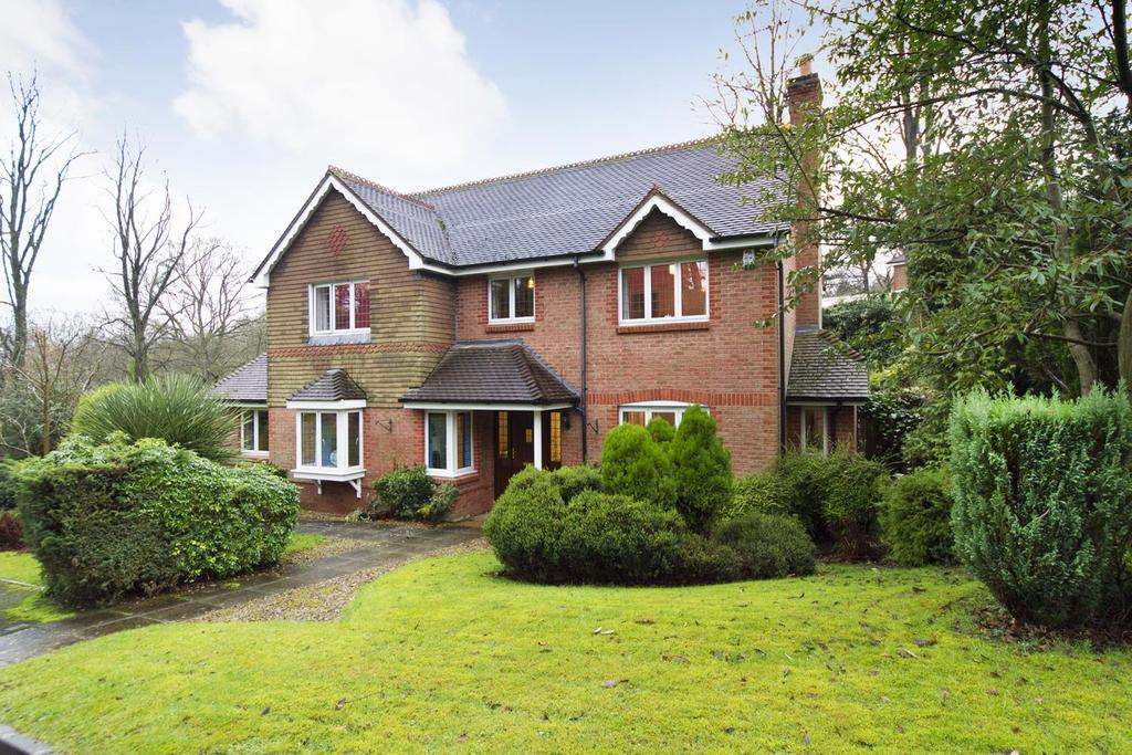 4 Bedrooms Detached House for sale in The Badgers, Barnt Green, Birmingham