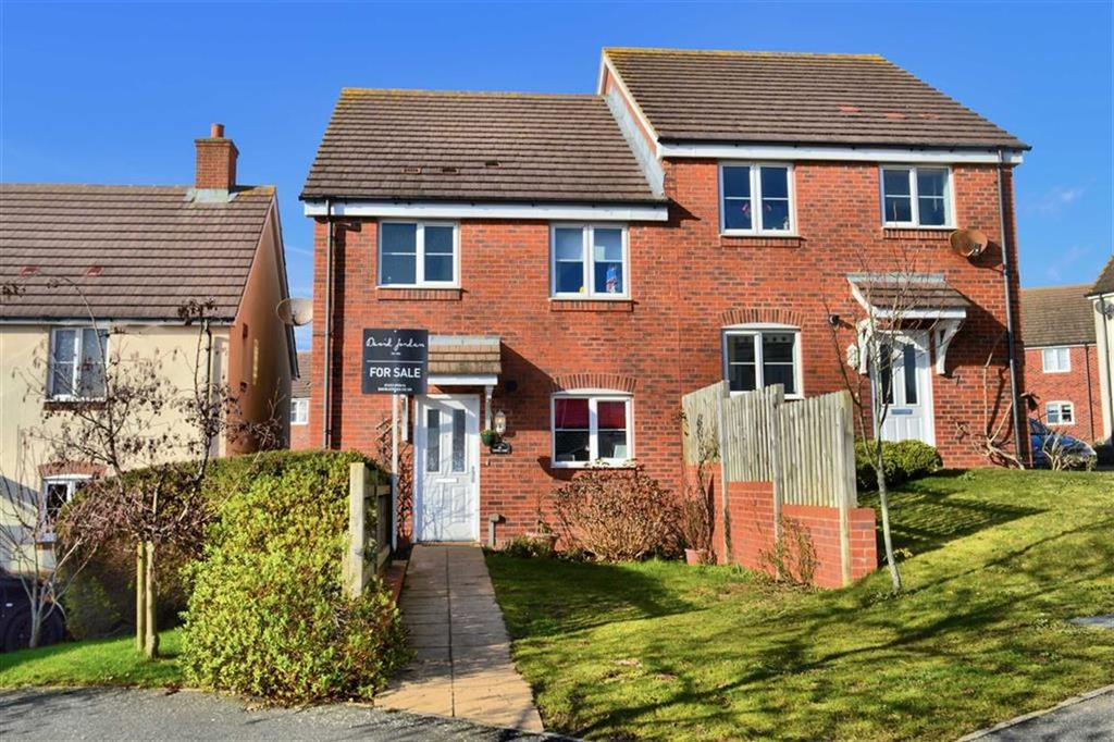 3 Bedrooms Semi Detached House for sale in Coxwell Close, Seaford, East Sussex