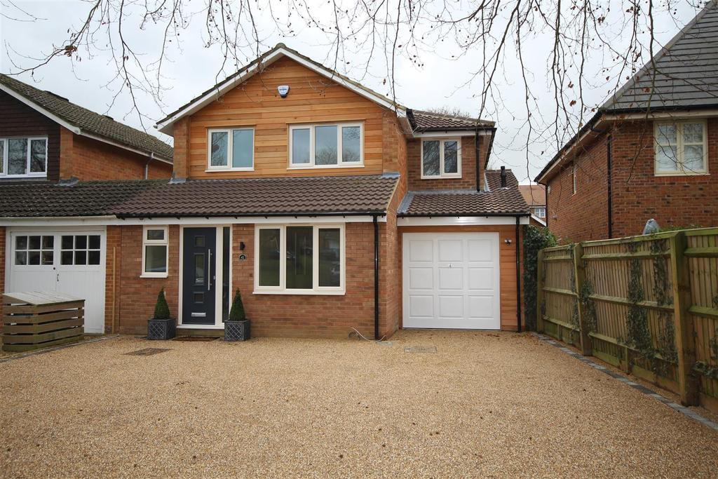 3 Bedrooms Detached House for sale in Fidlers Walk, Wargrave, Reading