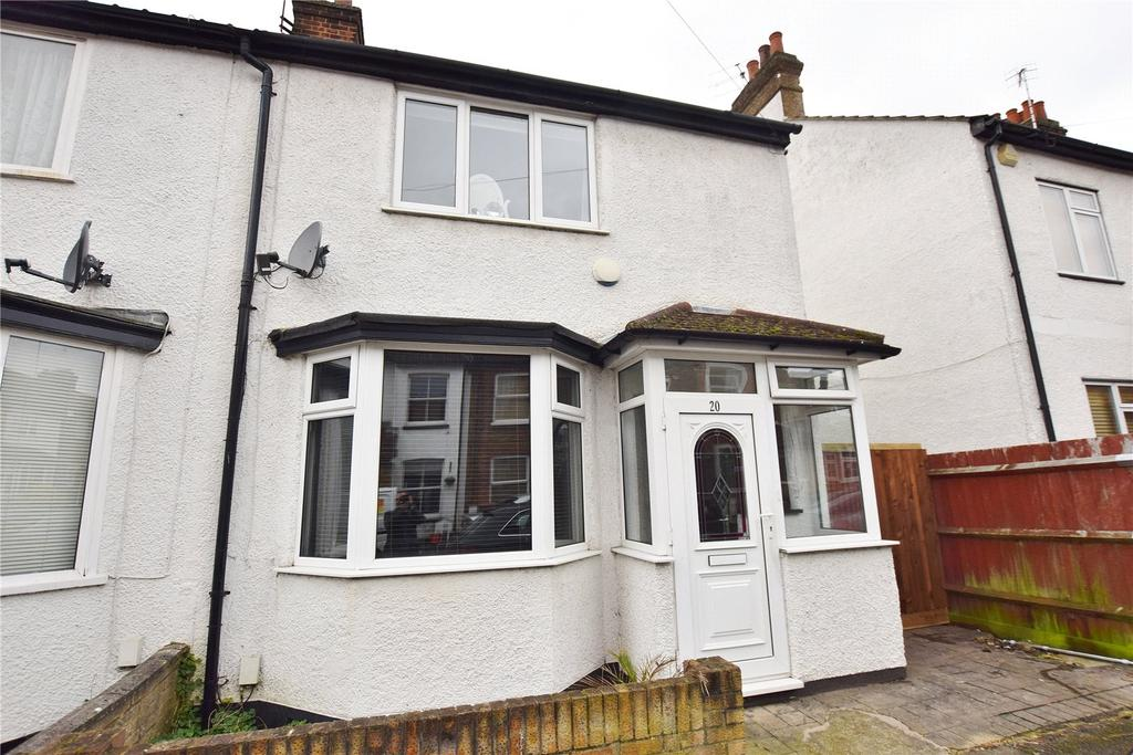 3 Bedrooms End Of Terrace House for sale in Ashdon Road, Bushey, Hertfordshire, WD23