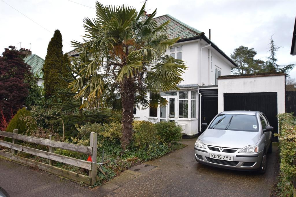 4 Bedrooms Semi Detached House for sale in Reddings Avenue, Bushey, Hertfordshire, WD23