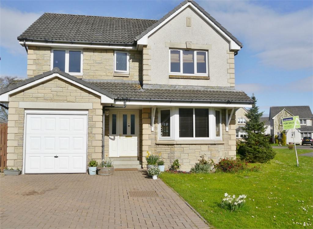 4 Bedrooms Detached House for sale in 10 Nan Walker Wynd, Kinross, Kinross-shire