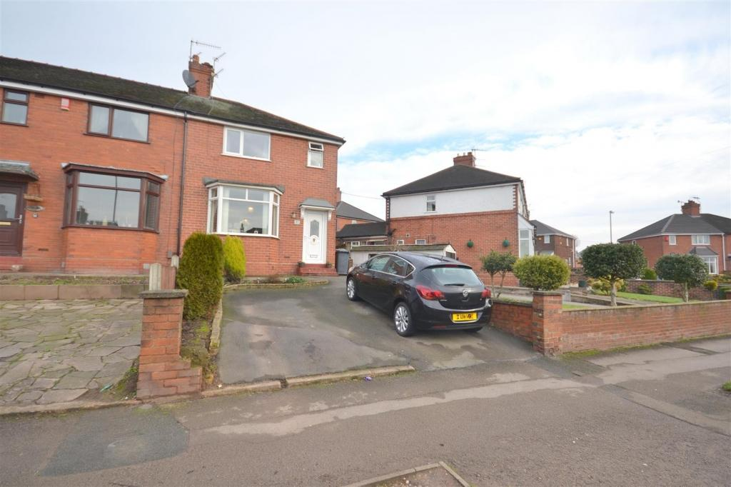3 Bedrooms Semi Detached House for sale in Wolstanton Road, Newcastle under Lyme