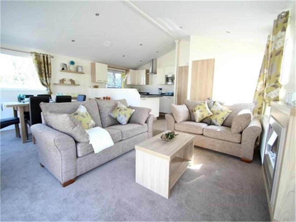 Park Home Mobile Home for sale in Martello Caravan Park Ltd, Jaywick, CLACTON-ON-SEA, Essex